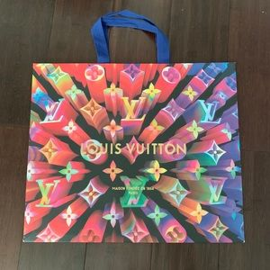 Louis Vuitton holiday paper bag